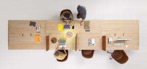Une table en matériaux responsables pour travailler ensemble